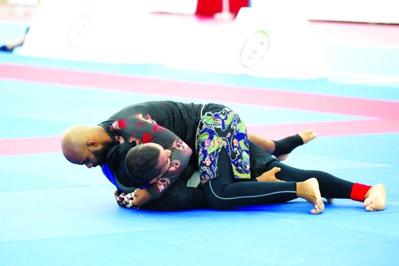 الصورة : ■ من منافسات جوجيتسو أولمبياد الضباط  |  البيان