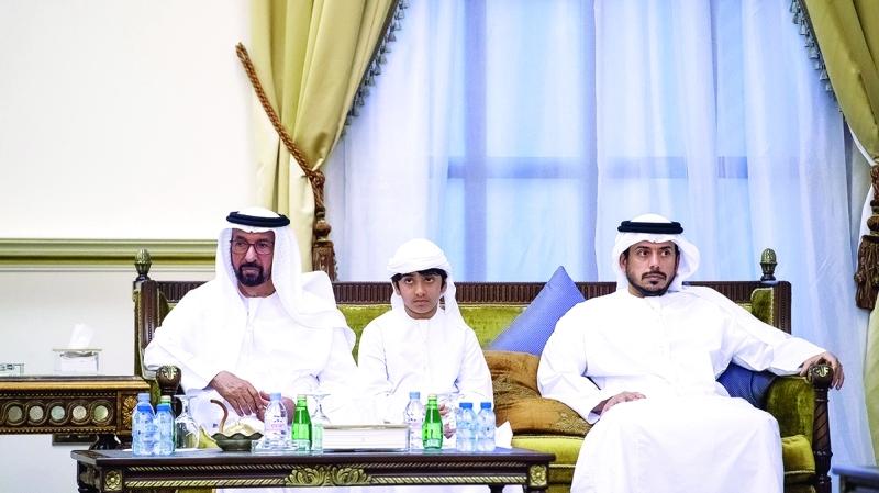 الصورة : سلطان بن طحنون وحمد الخييلي