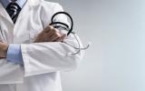 الصورة: عامل نظافة بنغالي ينتحل شخصية طبيب 35 عاماً!