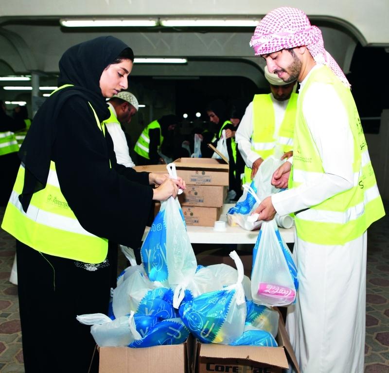 خيركم واصل» استقطبت 692 متطوعاً في رمضان   من المصدر