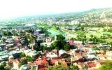 الصورة: تبليسي تُثرثر في حضن النهر والجبل