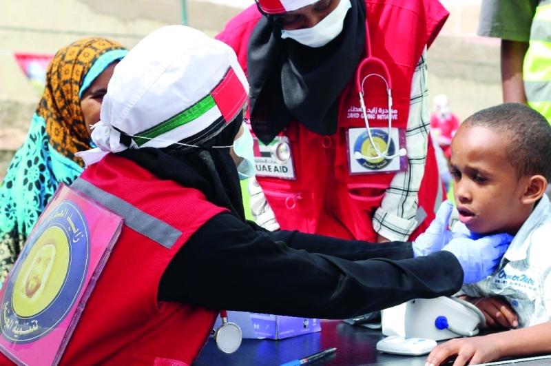 الصورة : أبناء الوطن قدموا نماذج إنسانية مميزة في الإغاثة الطبية  |  وام
