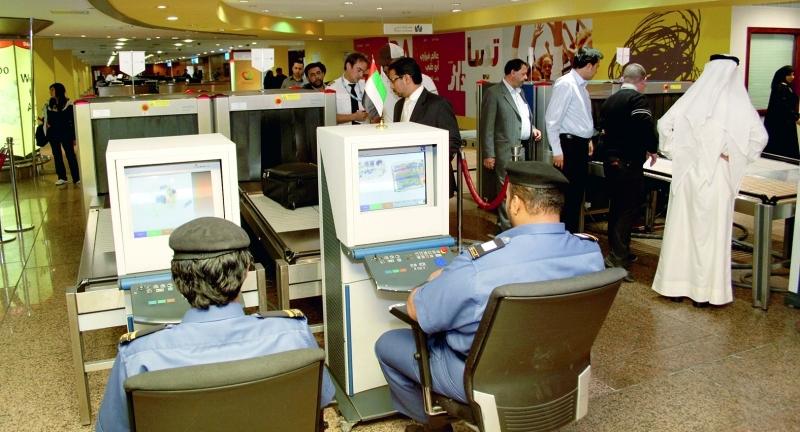 جمارك دبي أنجزت تفتيش 18 مليون حقيبة   من المصدر