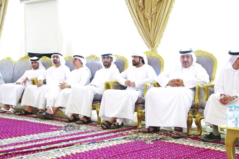 ■ أحمد المزروعي وجمعة البواردي وعدد من المعزّين