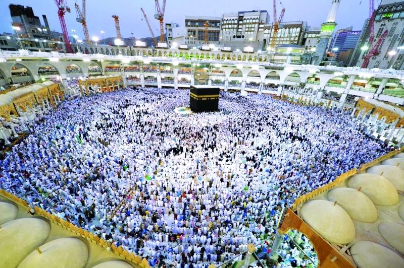 الصورة : Ⅶ مكرمة خادم الحرمين سهلت دخول الحجاج القطريين وتجاوزت عرقلات الدوحة  |  واس