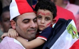 الصورة: الصورة: اللحظات الأخيرة قبل تأهل مصر لكأس العالم وهدف صلاح القاتل