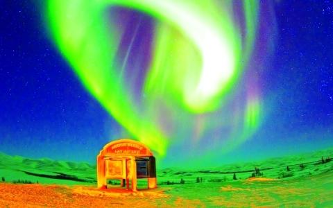 الصورة: أضواء الشمال المبهرة تتلألأ في النرويج