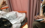 الصورة: اختلف مع زوجته .. فطعنها بسكين داخل البقالة