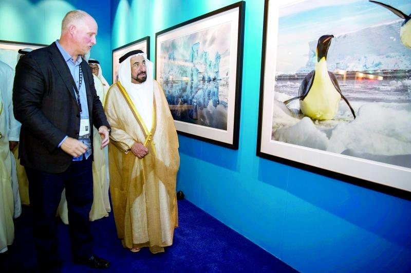 Ⅶ سلطان القاسمي يتفقد معارض مهرجان «إكسبوجر»   |  من المصدر