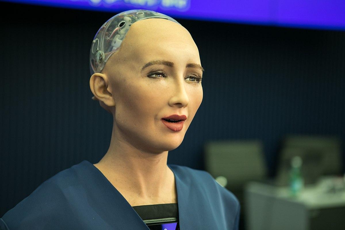 2443d2fc6 الروبوت صوفيا التي منحت الجنسية السعودية ترغب في إنجاب طفلة - البيان
