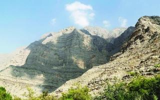 الصورة: ح2: وادي شعم.. شموخ الذكريات بين أحضان الجبال