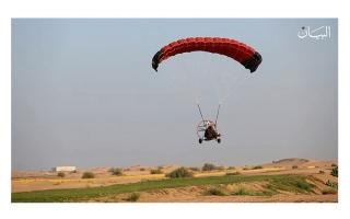 الصورة: صقور الإمارات.. يزينون سماء دبي بالتشويق والإثارة