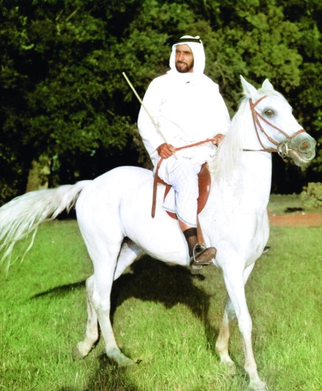 الصورة : ■ الوالد زايد ساهم بدعم سباقات الخيول العربية الأصيلة  |  أرشيفية