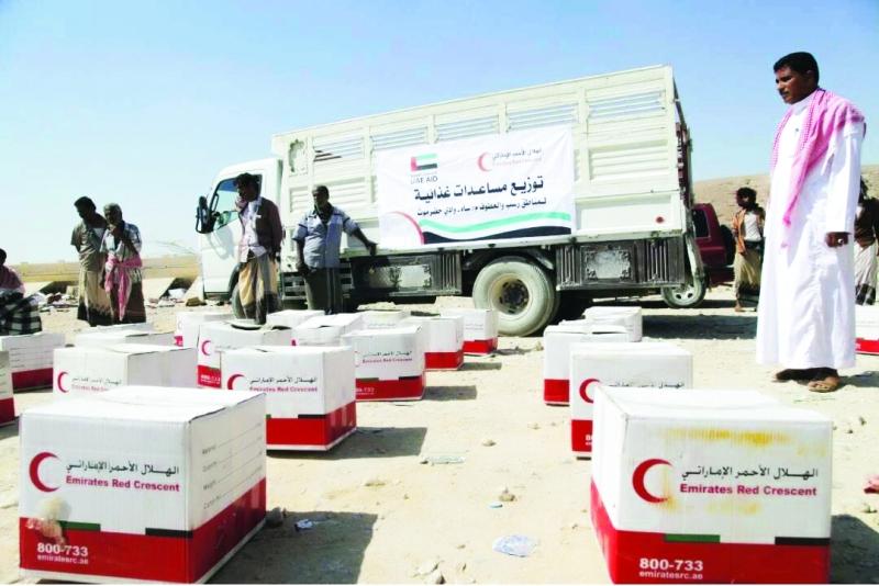 ■ تجهيز السلال الغذائية قبيل توزيعها على المستفيدين