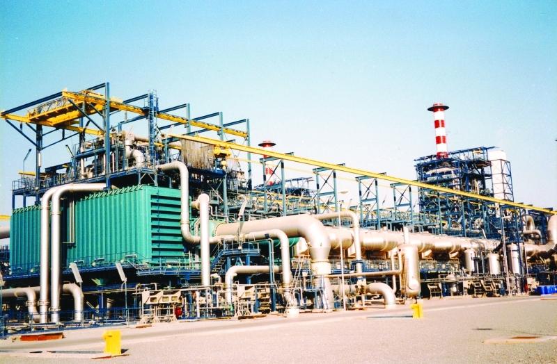 الصورة : ■ دعم كبير يحظى به قطاع الماء والكهرباء في أبوظبي   من المصدر