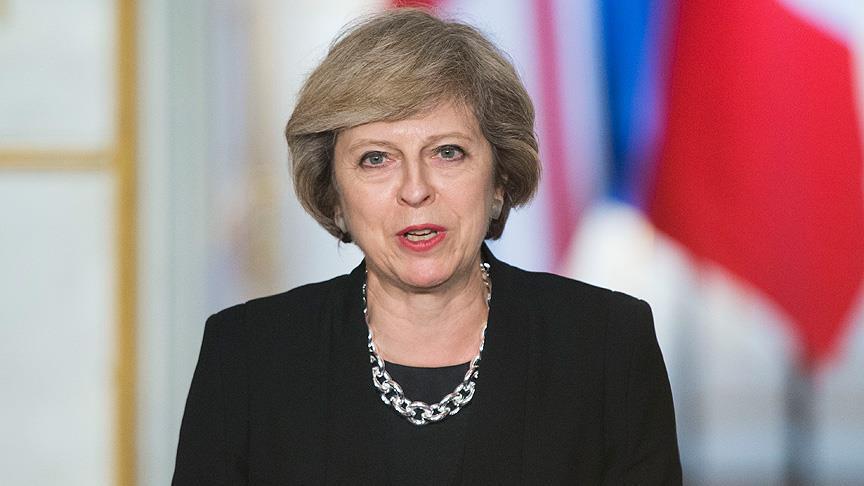 بريطانيا : اعتقال شخصين للاشتباه في محاولتهما اغتيال رئيسة الوزراء