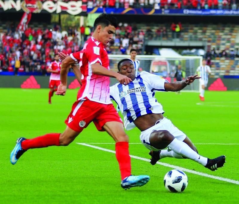 الصورة : ■ الوداد المغربي قدم مباراة قوية أمام باتشوكا  |  البيان