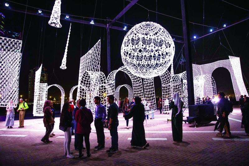 الصورة : «المسجد الطائر» عمل فني تميز بالضخامة والإبداع | من المصدر