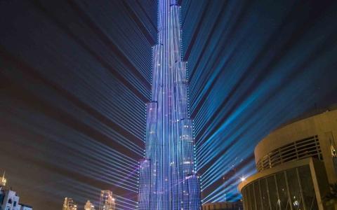 الصورة: دبي تبهر العالم وتدخل موسوعة غينيس للأرقام القياسية