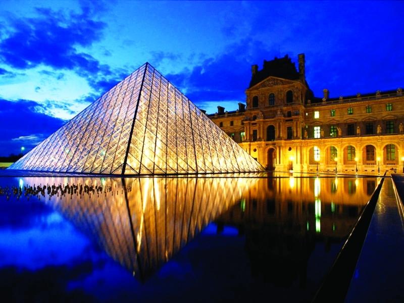 ■ أكثر من 10 ملايين زائر لمتحف اللوفر في باريس سنوياً  |  البيان