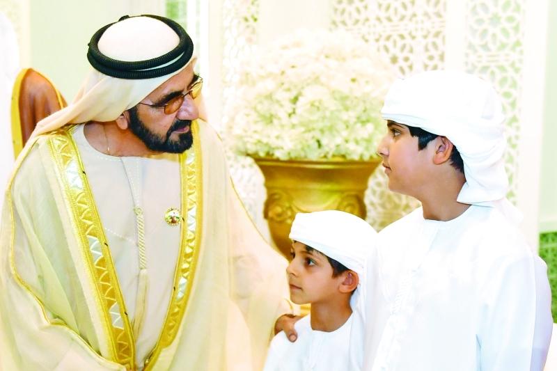 الصورة : محمد بن راشد ومحمد وحمدان بن منصور بن زايد خلال الحفل