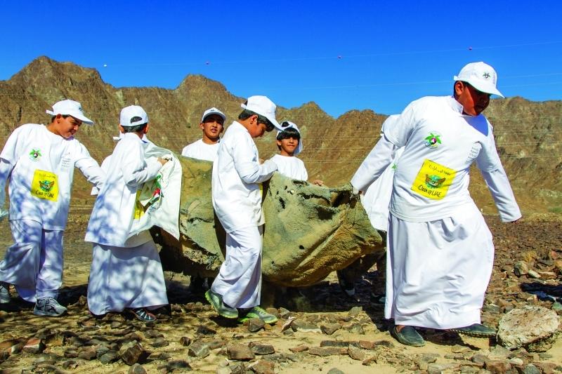 الصورة : حملة «لأجل إماراتنا نزرع» منصة تجمع بين إدارة النفايات وزرع الأشجار