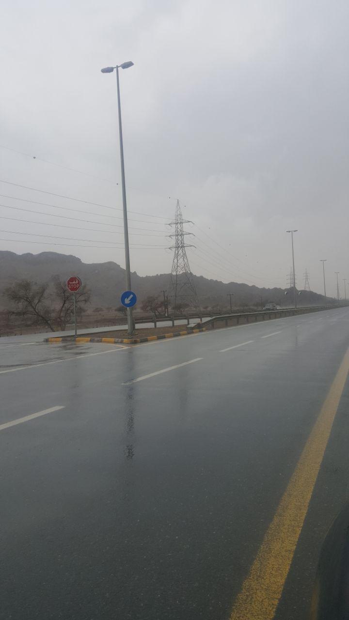 أمطار غزيرة على المناطق الجنوبية لرأس الخيمة