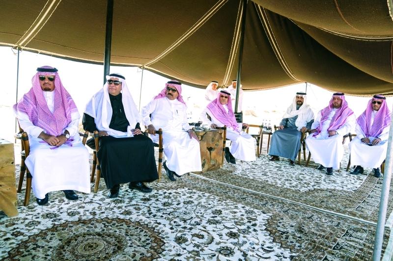 الصورة : أعضاء الوفد المرافق لوزير الداخلية السعودي خلال اللقاء