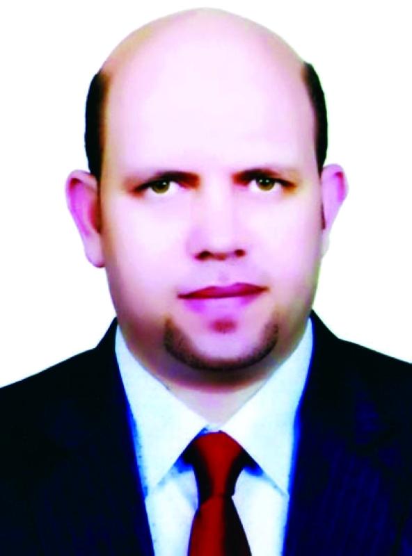 أيمن عبد اللطيف