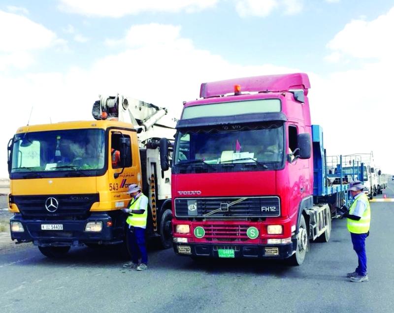 الصورة : الجهاز يحد من مخاطر الشاحنات على الطرقات  |  من المصدر