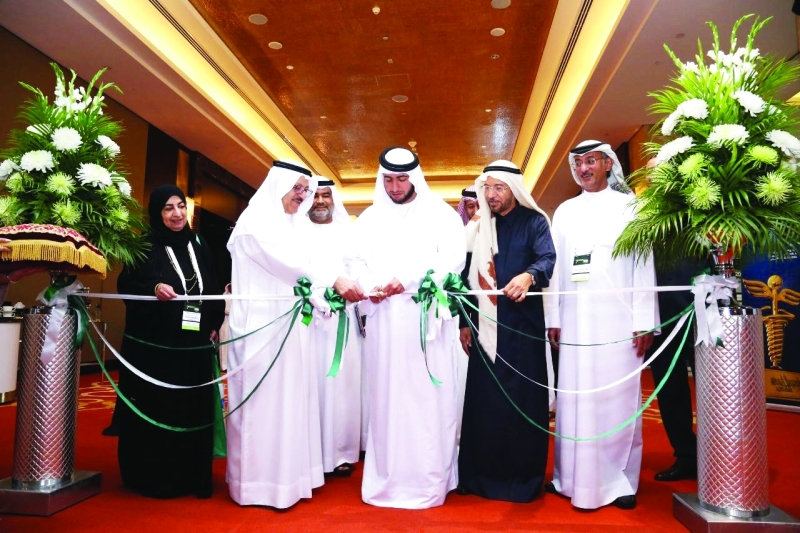 راشد بن حمدان خلال افتتاحه المؤتمر | من المصدر