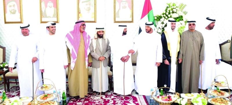 محمد بن بطي آل حامد خلال حضوره حفل الزفاف