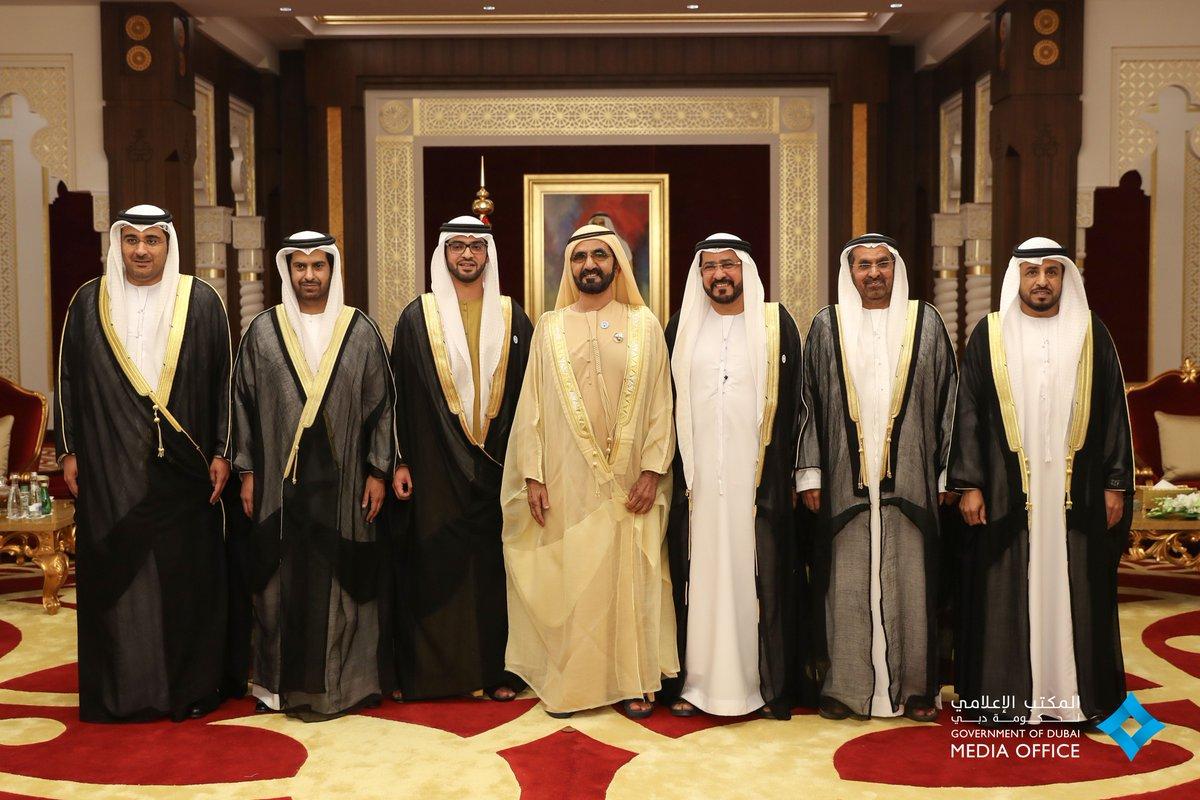 أمام محمد بن راشد .. 6 سفراء جدد للدولة يؤدون اليمين القانونية