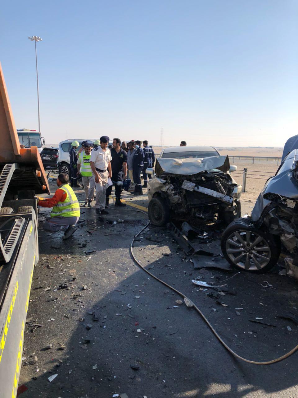 فيديو.. حادث تصادم بين 44 مركبة بسبب الضباب
