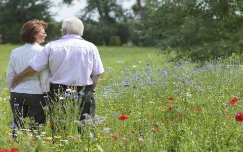 الصورة: كيف يعيش الرجال أعماراً مديدة؟