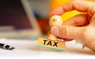 الإمارات ضمن 10 دول  لا تفرض ضريبة دخل