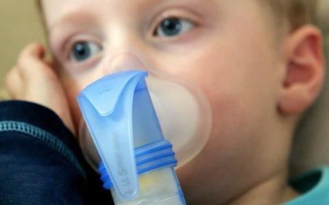 الصورة: التهاب الجهاز التنفسي عند الطفل قد يعرضه للربو