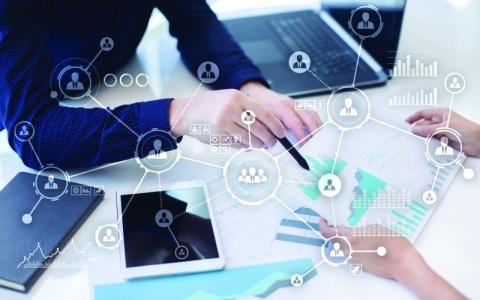 الصورة: الصورة: التقنيات الاندماجية تغيّر واقع الأعمال التجارية