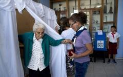 الصورة: انتخابات في كوبا لإنهاء حقبة آل كاسترو