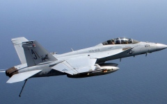 الصورة: مقتل طيارين أميركيين بتحطم طائرة عسكرية في فلوريدا