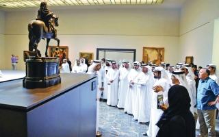 الصورة: افتتاح شرفة الفن في «لوفر أبوظبي» ووفد من «الجمارك» يزور المتحف