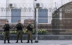 الصورة: اوكرانيا تمنع الروس من المشاركة في انتخابات بلدهم وموسكو تحتج