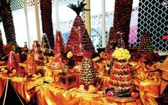 الصورة: حلويات «المغرب في أبوظبي».. 100 صنف تغلّفها حفاوة الضيافة