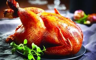 الصورة: جلد الدجاج يحتوي على نسبة عالية من الدهون المشبعة