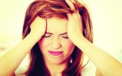 الصورة: الصداع النصفي يزيد خطر الإصابة بالأزمات القلبية والسكتات الدماغية