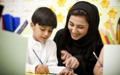 الصورة: الشيخة فاطمة توجه باستراتيجية صديقة للأم والطفل واليافع
