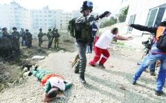 الصورة: فلسطين.. المسعفون يحتاجون إلى إسعاف