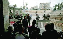 الصورة: طعن إسرائيلي في القدس واستشهاد المنفّذ