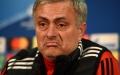 """الصورة: استمرار """"مورينيو"""" مدرباً لـ """"المان يونايتد"""" يدفع 8 لاعبين للرحيل"""