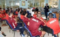 الصورة: تفاعل كبير من لاعبي دبا في ورشة التدريب الإعلامي